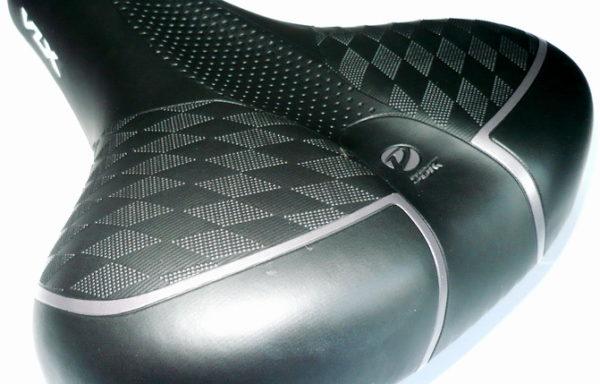 Седло VLX широкое, черное